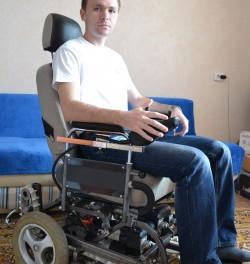 """Idea № 700. Ingenieros rusos inventan una Silla de Ruedas """"todoterreno"""" para discapacitados"""