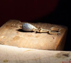 Cómo se hacen los adornos de joyería